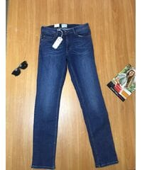 Женские джинсы Mustang  4